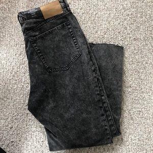 Black acid wash jeans